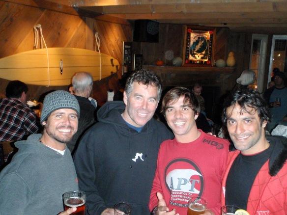 Blau, Jeff Clark, Koxa e Vitor.