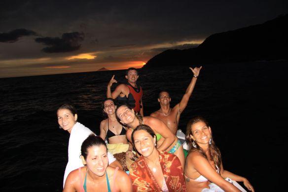 Aline,Renata,Camila,Bruna,Caixa,Roberta,Jô e Tiele. foto:Akiwas