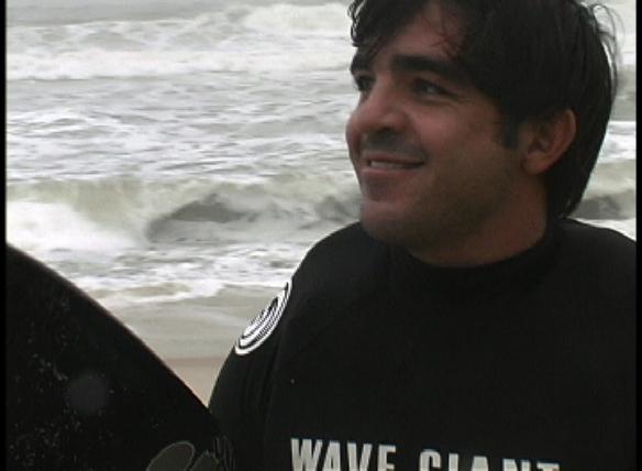 Rodrigo Koxa em Maresias. Frames: Aline Cacozzi