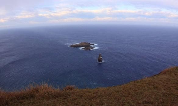 Visual de cima do vulcão em Rapa Nui. foto:Akiwas