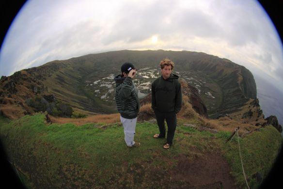 """Koxa e Alemão no vulcão onde é realizado a competição do """"Home Passaro"""". Foto:Akiwas"""