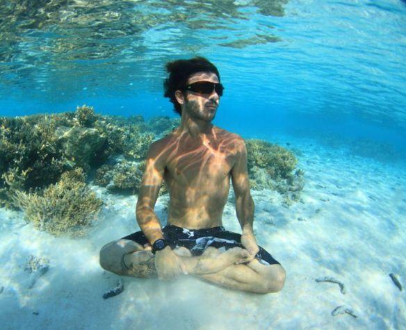 Rodrigo Koxa na Polinésia Francesa. Foto:Akiwas