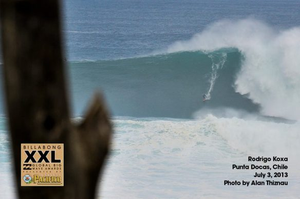 Rodrigo Koxa concorrendo novamente o Billabong XXL big waves awards com as ondas gigantescas de Punta Docas. Foto:AlanThiznau.